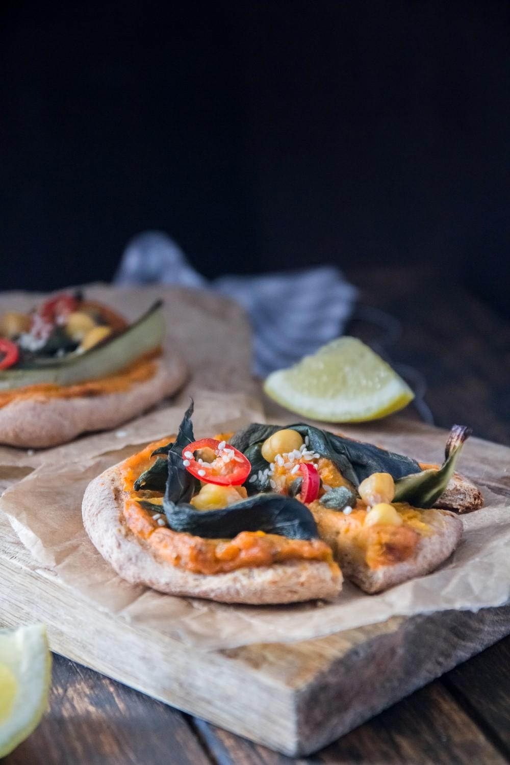Use Your Noodles - Mini Pumpkin Pizzas