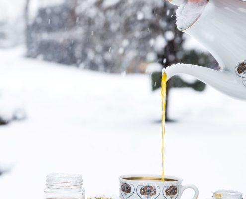 Use Your Noodles - Immune-Boosting Elderflower Turmeric Tea
