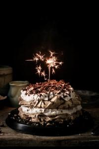 November 2016 Favorite - Simple Birthday Chocolate Hazelnut Pavlova