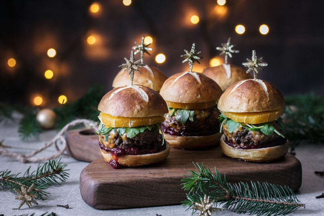 Use Yor Noodles - Mulled Wine Christmas Cheeseburger