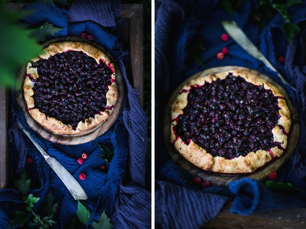 A purple fruit pie for the article 5 best camera angles for food photography + which equipment to use by Anja Burgar