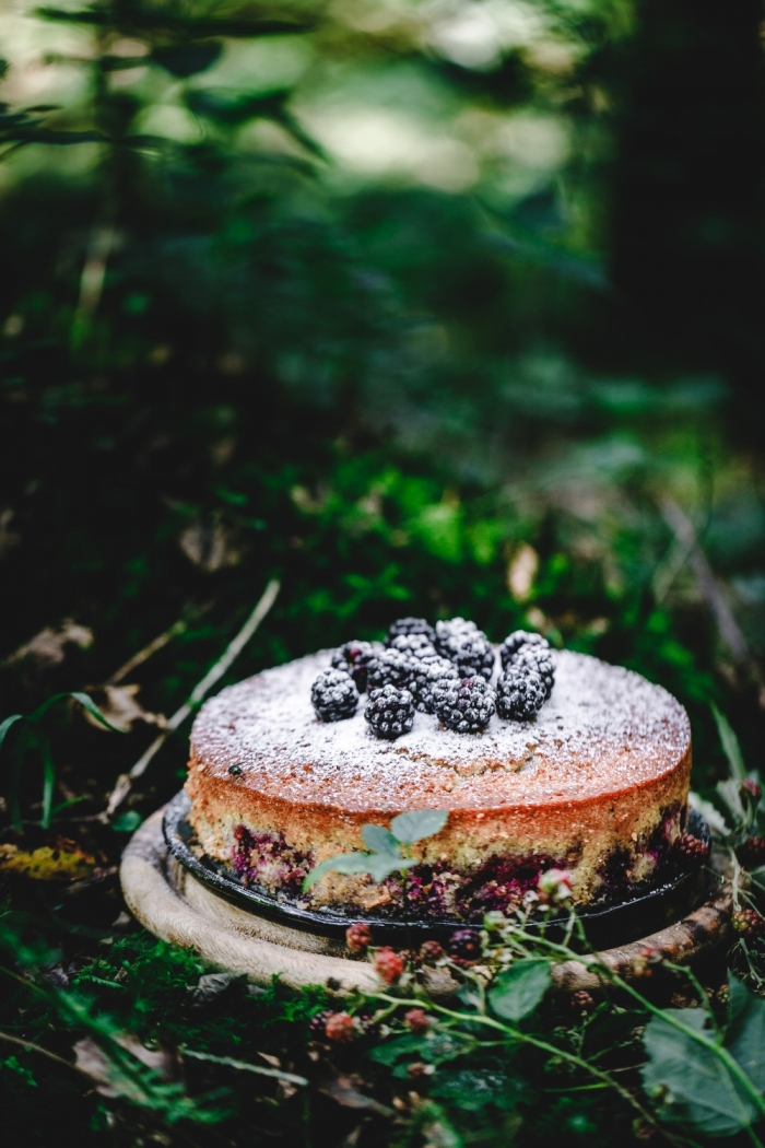 This luscious blackberry almond sponge cake is easy to make for any family occasion. Very easy delicious almond sponge and fresh summer blackberries are a winner combo!