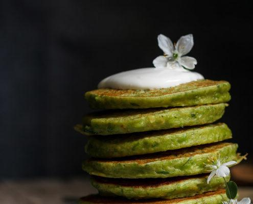 These soft and fluffy flourless green pea fritters with seasonal herbs make the most delicious healthy breakfast.