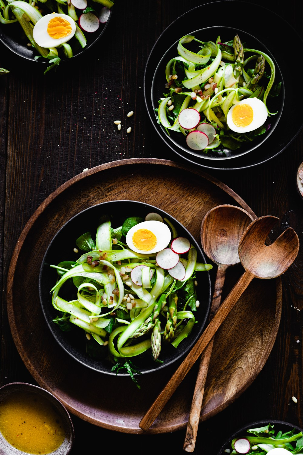 A refreshing salad like this shaved asparagus salad with a simple lemon vinaigrette is a healthy delicious early Spring treat!