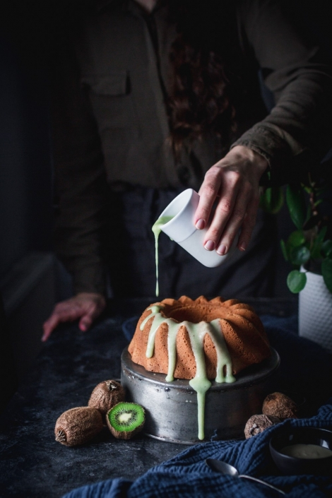 Make this tahini bundt cake to wow everyone with a new exciting flavor! Plus a sweet kiwi glaze on top. What can be better?