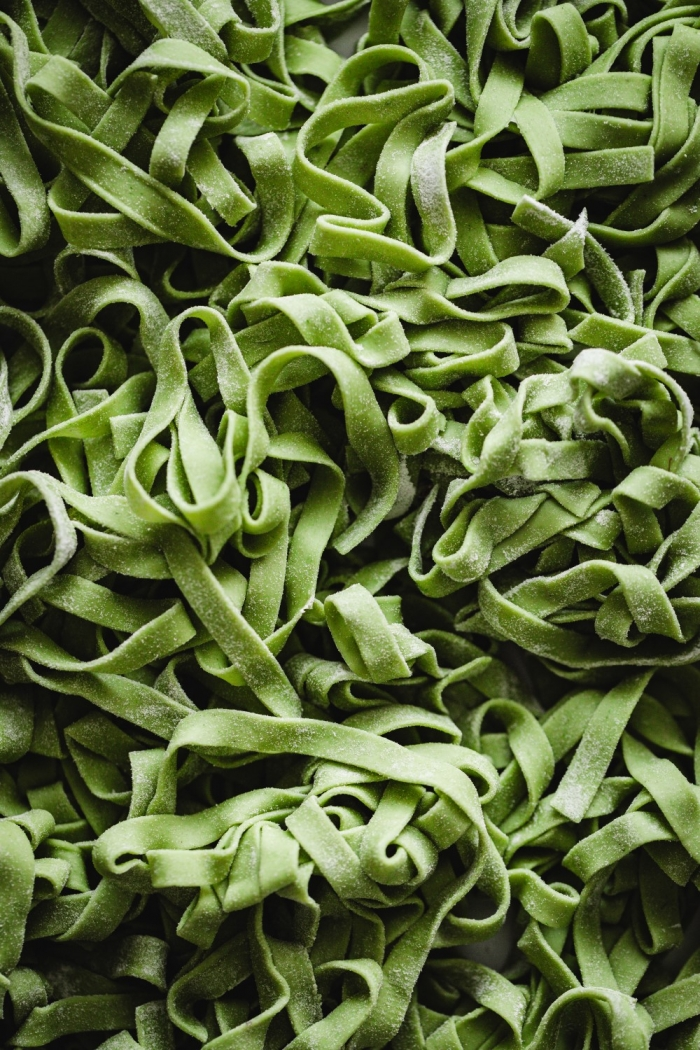 This homemade wild garlic pasta dough recipe is easy to follow and tastes incredible. With a gentle herbal flavor and the most amazing color it's going to freshen up these early Spring days!